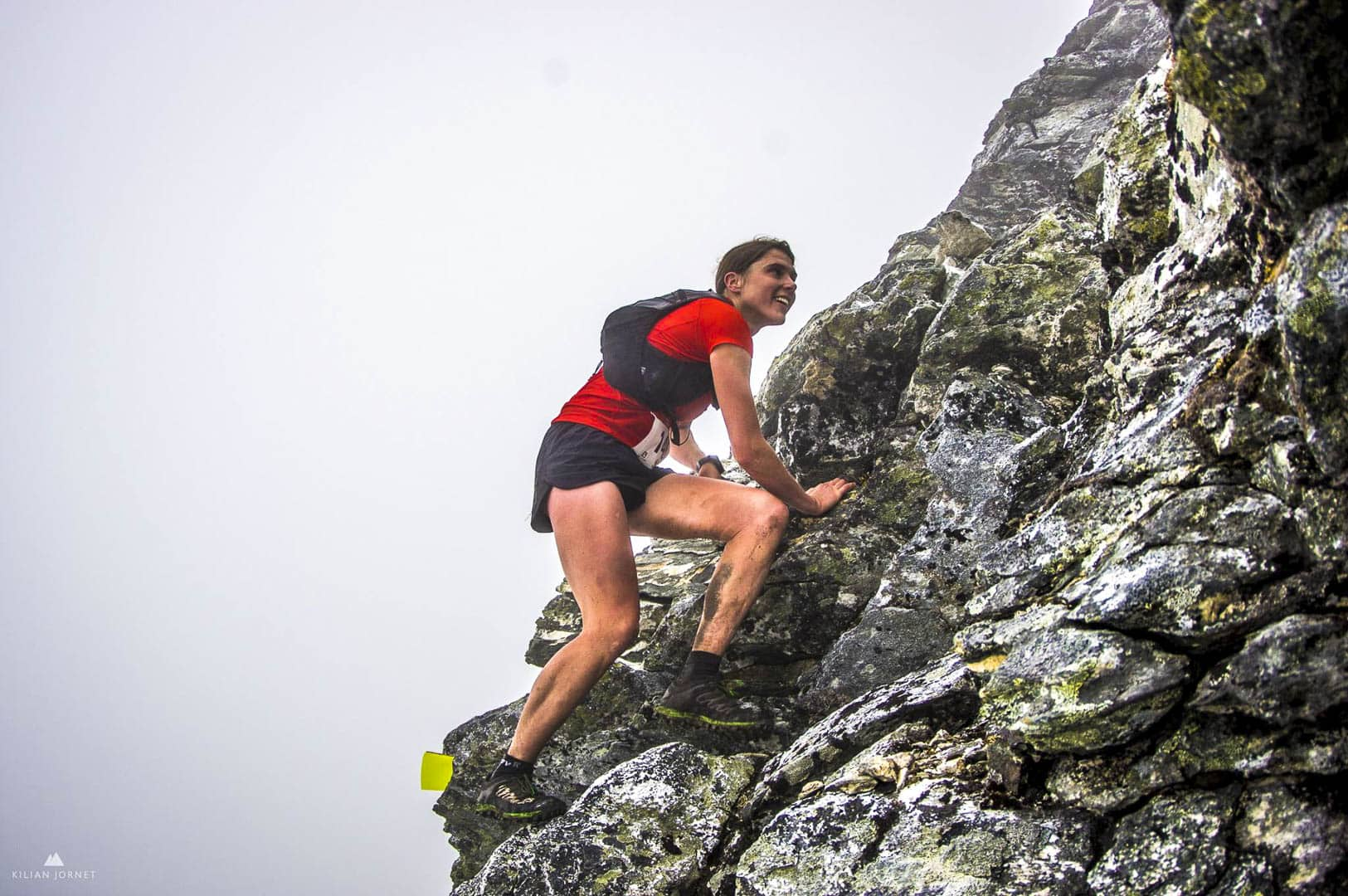 Jasmin Paris climbing at Tromso Sky Race